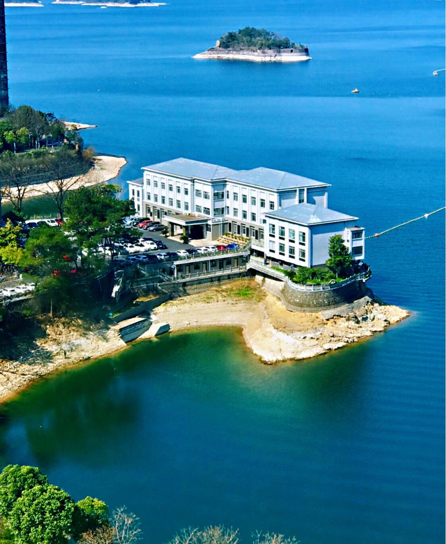 从千岛湖饭店俯瞰千岛湖美景,老照片,期盼有如此好天气.
